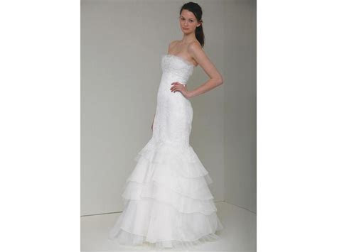 Monique Lhuillier Cassie, $2,800 Size: 6   Sample Wedding