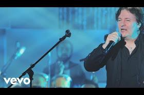 Miguel Mateos - Es Tan Fácil Romper Un Corazón (En Vivo)