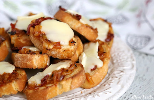 Caramelized Onion-Tomato Jam Crostini with Brie : Appetizer Recipe