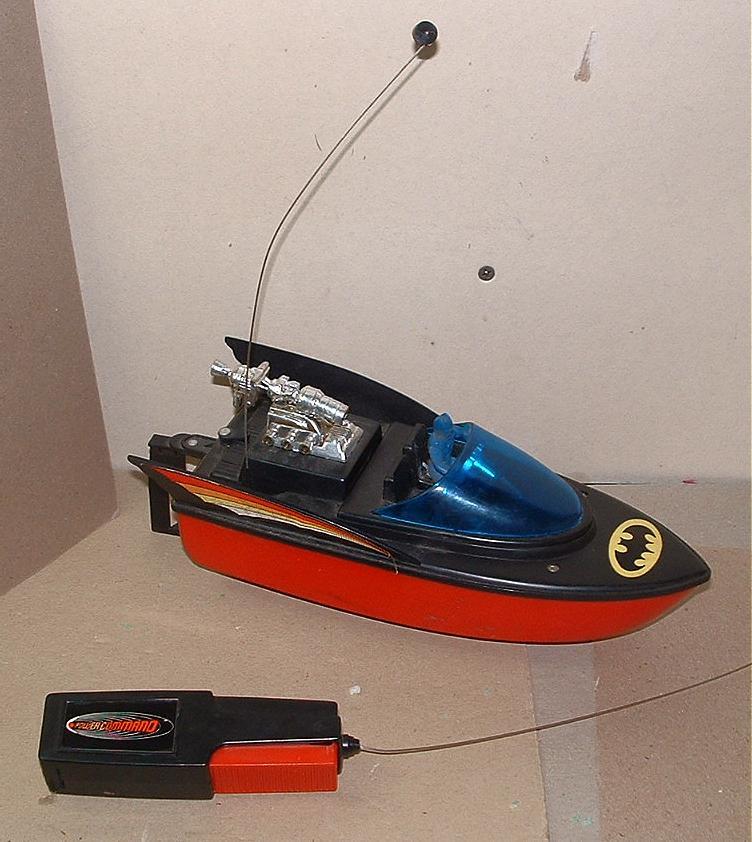 ahibatboatbatman_ahibatboat1