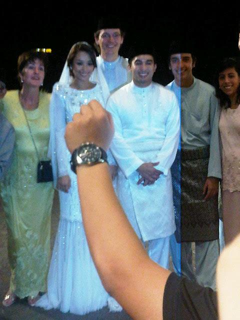 209034242 (Gambar) Majlis Nikah & Perkahwinan SM Nasarudin dan Marion Caunter