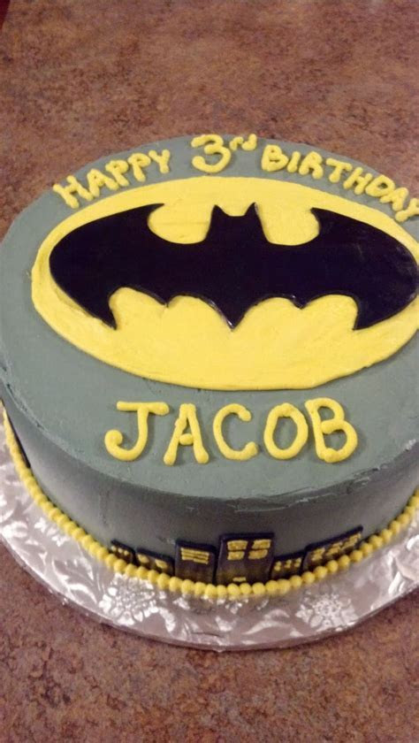 Best 25  Batman cakes ideas on Pinterest   Lego superhero