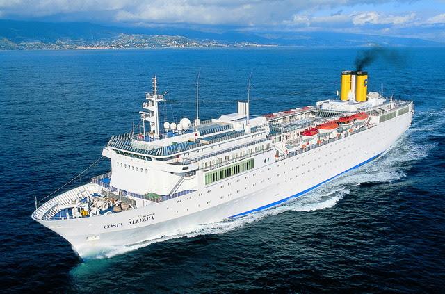 """O """"Costa Allegra"""" pertence à mesma empresa detentora do """"Costa Concordia"""", navio cruzeiro que afundou a 13 de janeiro ao largo da ilha italiana de Giglio matando 32 pessoas."""