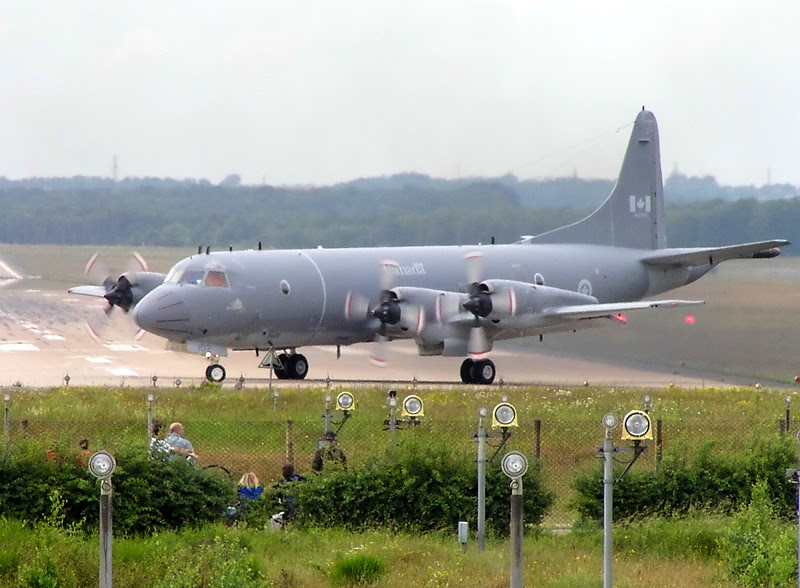 File:Lockheed CP-140 Canada 140102 ETNG.jpg