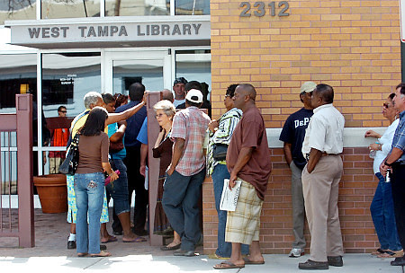 Early voters for the 2008 national elections in West Tampa, Florida during late October. It has been reported that 10 million people voted early. by Pan-African News Wire File Photos
