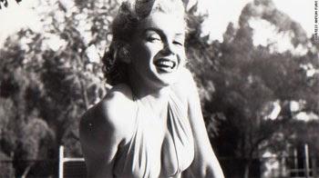 As imagens terão sido tiradas na década de 1950, em Los Angeles