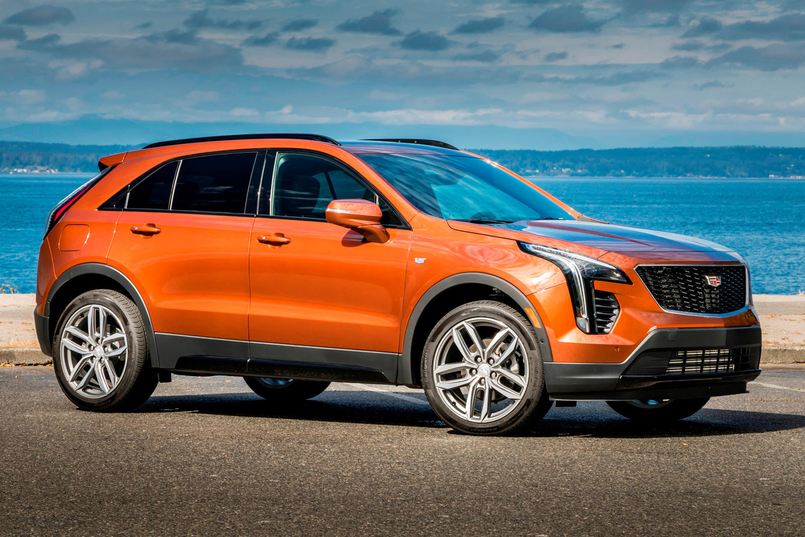 2020 Cadillac XT4: Review, Price, New Interior Features ...