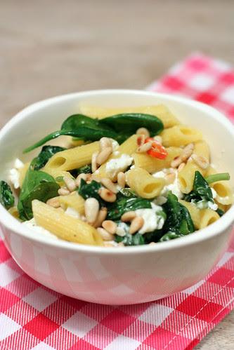 spinach feta pasta