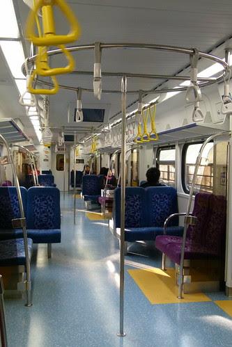 EMU800-一般車廂內