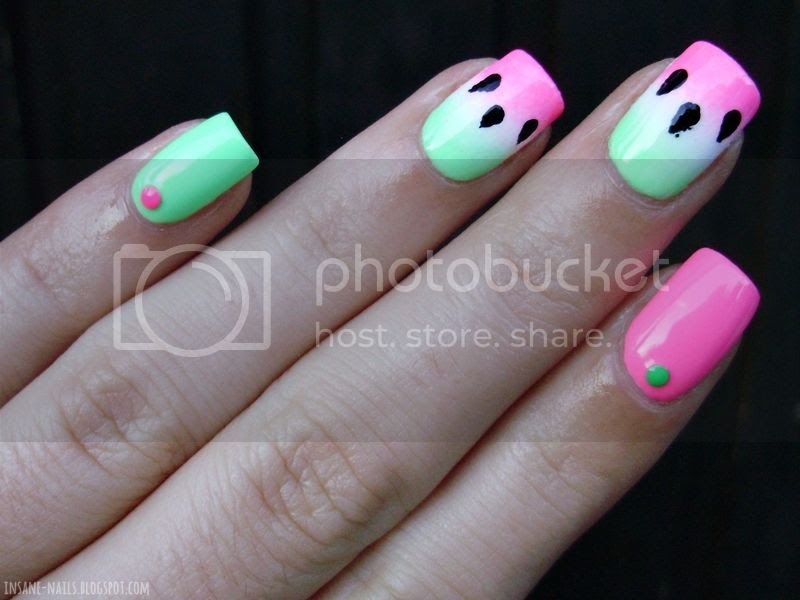 photo watermelon-gradient-nails-2_zps3392abe5.jpg