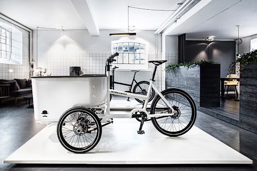 butchers + bicycles releases the mk1 tilt-action cargo trike - designboom | architecture & design magazine