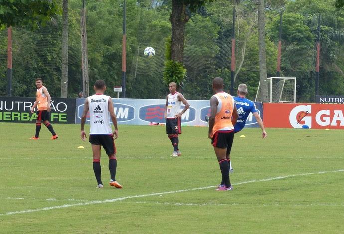 Treino Flamengo Ninho do Urubu (Foto: Fred Gomes)
