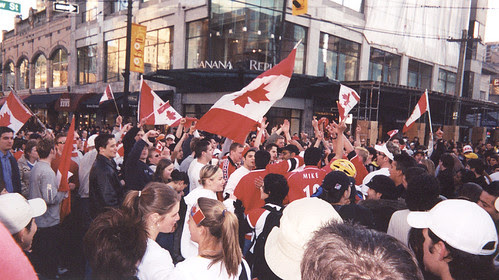 What happens when the Canadian men's ice hockey team wins gold at the 2002 Winter Olympics