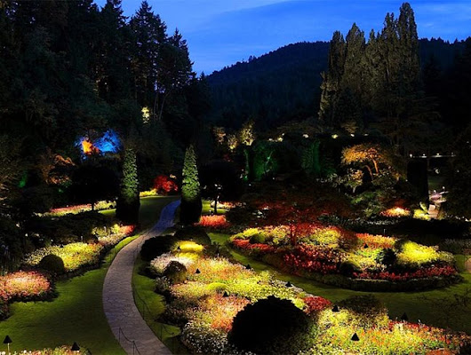 7 Gardens to Visit at Night - Garden Design