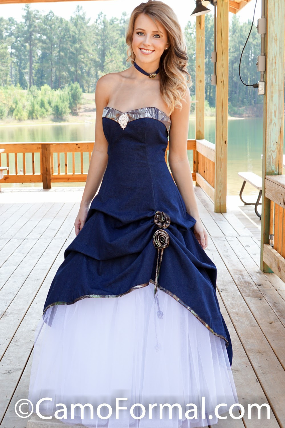 View Wedding Dress With Jeans Gif