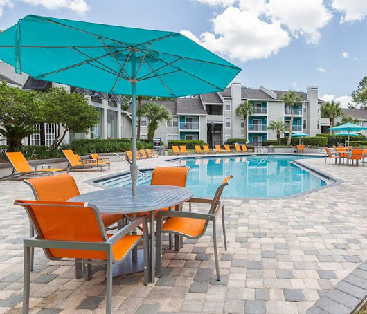 Apartments with washers and dryers | Amenities at Victoria at Orange Park