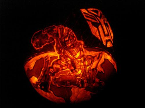 Optimus Prime Pumpkin by rjclrutter