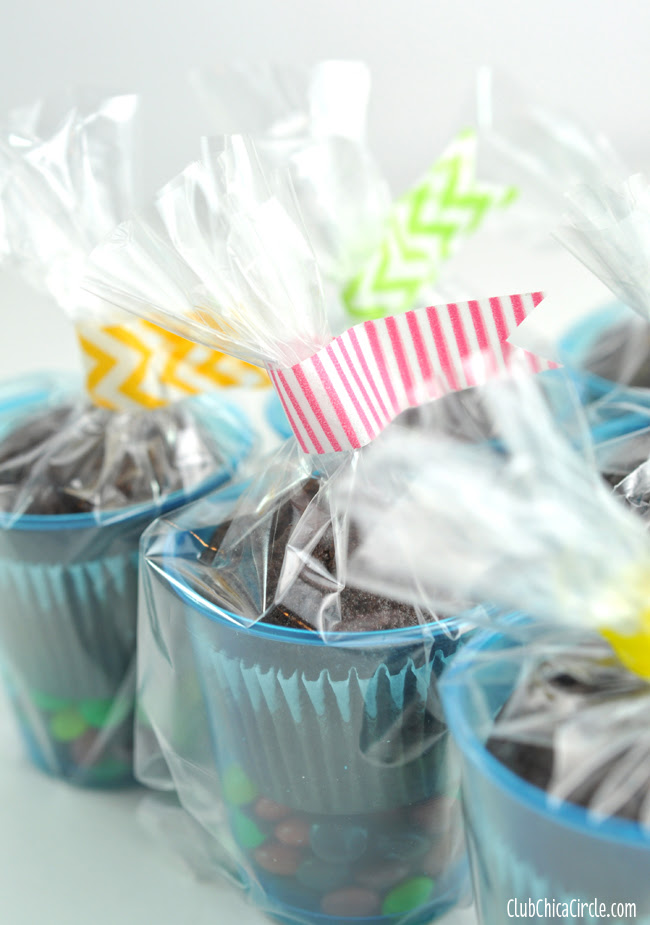 washi tape flags for brownie cup treats