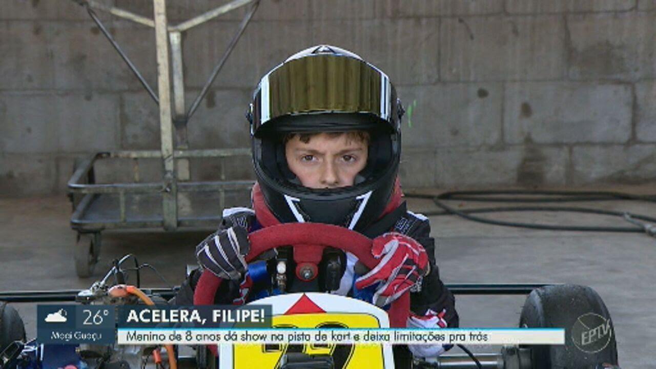 """Resultado de imagem para Menino que sofreu AVC supera sequelas físicas no kart: """"finjo que sou o Ayrton Senna"""""""