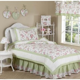 What is Shabby Chic Bedding? Is It Affordable? | Bedding Selections