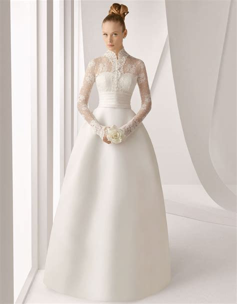 20 of The Most Stunning Long Sleeve Wedding Dresses : Chic