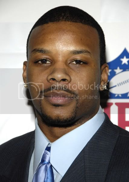 Kerry Rhodes of the NY Jets