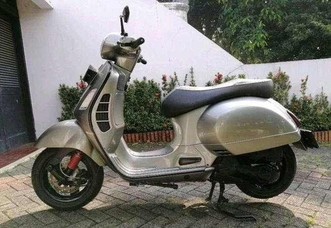 Warna Cat Motor Vespa Motor Indonesia Chitku co id