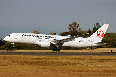 JAL-Japan Airlines Boeing 787-8 Dreamliner JA824J (msn 38434) PAE (Nick Dean). Image: 909345.