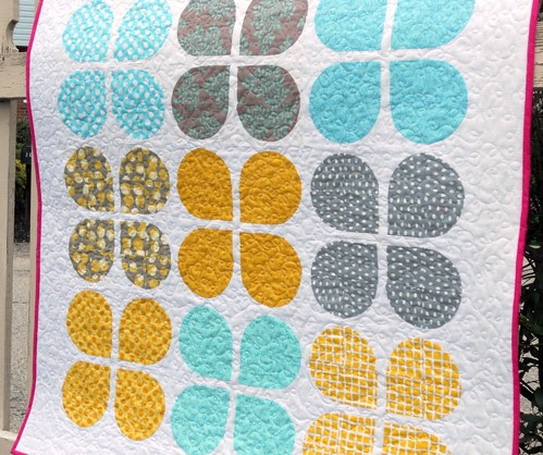 retro flowers baby quilt