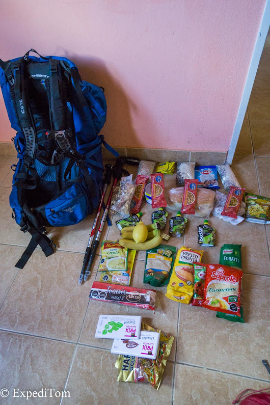 Hiking Food: What to eat while trekking - ExpediTom
