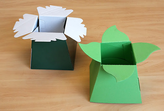 Battle of the Products: Flower Bouquets Boxes - The Packaging Site flower box vs. common retail flower box