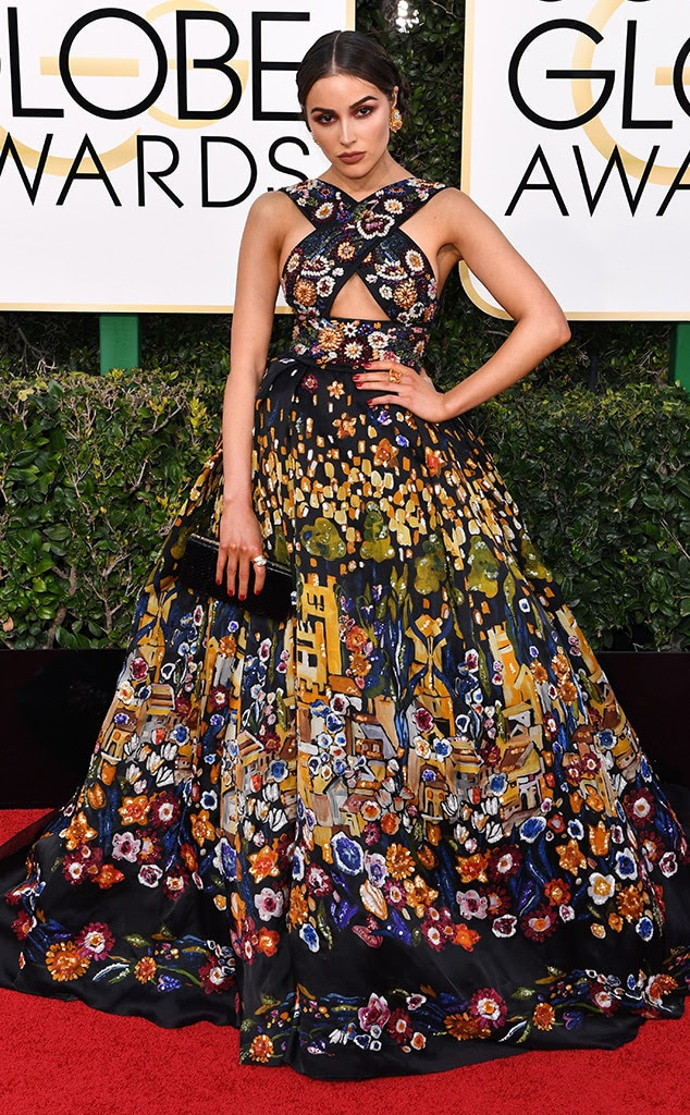 2017 Golden Globes Red Carpet Arrivals  Olivia Culpo, 2017 Golden Globes, Arrivals