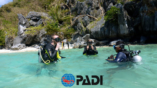 PADI Open Water course in Palawan. A Paradise's Christmas gift - Aquanaut Dive Center