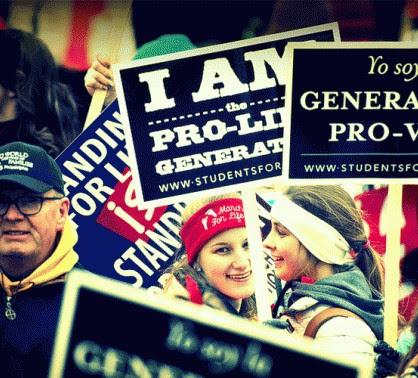 Aumentan los provida en Estados Unidos según un sondeo a nivel nacional que muestra que el 42% de los estadounidenses está en contra del aborto.