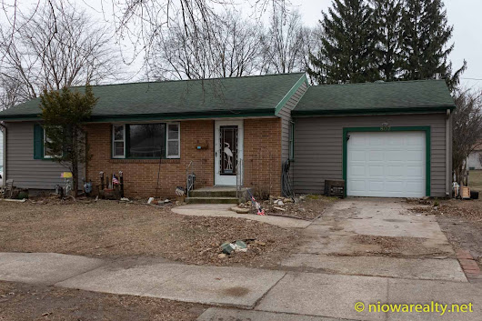 807 5th St. SE Mason City - Holtz Realty