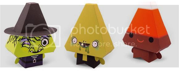 photo cutemonsterpapertoys00102_zps25bd9072.jpg