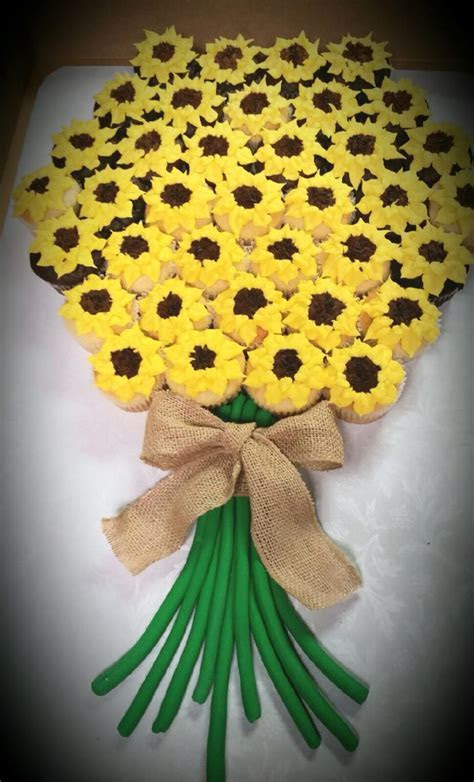 Best 25  Sunflower cupcakes ideas on Pinterest   Wooden