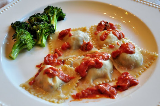 what the hell _does_ a vegan eat anyway?: Ravioli with Tomato Sauce and Roasted Broccoli