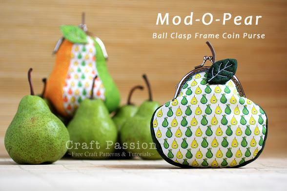 Mod-O-Pear Coin Purse in Ball Claps Frame