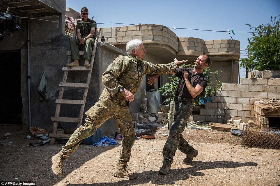 Est100 一些攝影 Some Photos Foreign Legion Ex Soldier