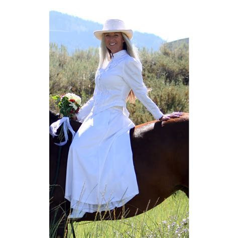 Western Wedding Dress   Cattle Kate