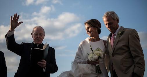 Divorce Opens Other Doors  Jenny Sanford, the ex-wife of South Carolina governor Mark Sanford, never...
