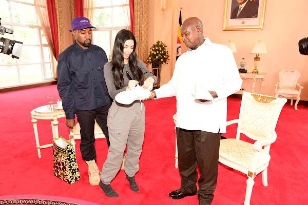 cedf6eea10f Google News - Kanye West meets Uganda s president gifts pair of ...