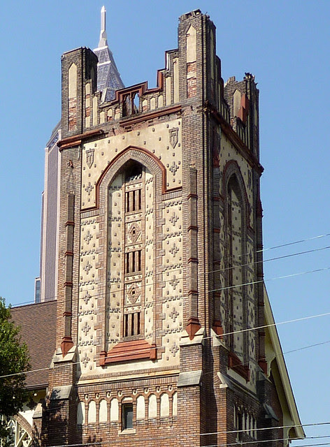 P1010414-2010-04-02-St-Pauls-Presbyterian-Atlanta-Detail-Tower-Wear