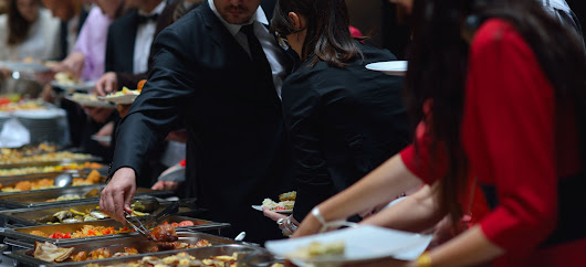 Can a Catering Company Really Take My Corporate Party to the Next Level? 3 Ways It Can