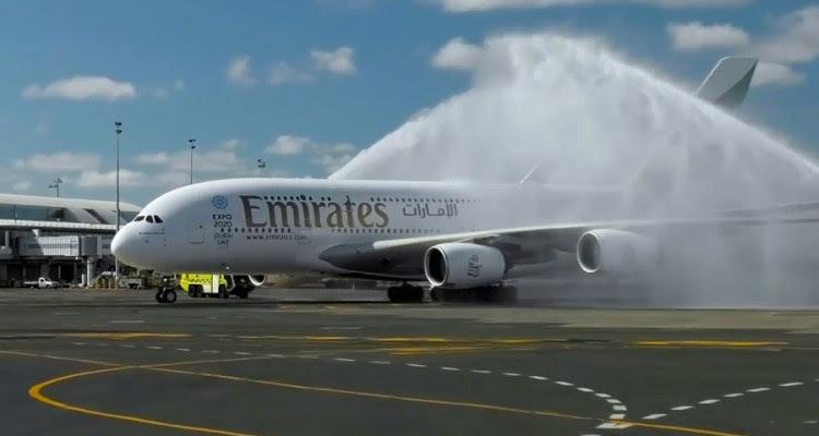 Emirates A380 Auckland 01mar16_02 900px