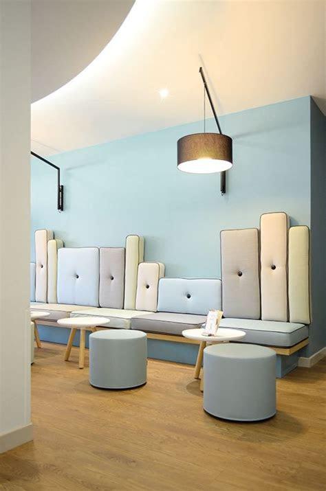 desain lobi kantor minimalis
