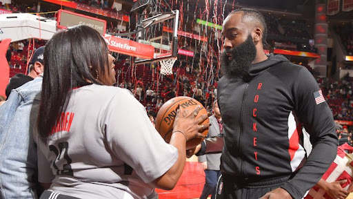 Avatar of James Harden scores 32, passes 20,000 points to lead Rockets during blowout of Timberwolves