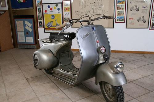 Vespa 98 by Turismo Emilia Romagna