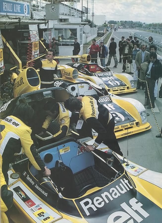jacqalan: Le Mans de 1977.  Renault Alpine A442